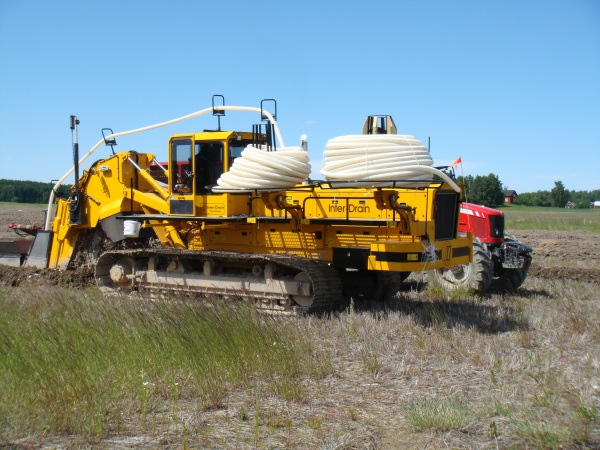 22013/06 Inter-Drain 1824T trencher
